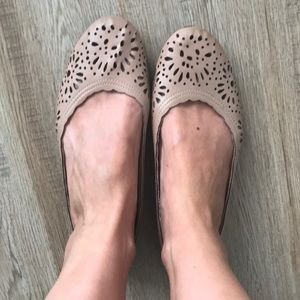 Taupe Mossimo flats size 8 1/2